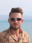 Yunus, 24  , Izmir