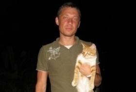 Anton, 40 - Just Me