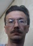 Maksim Konstantinov, 42  , Usole-Sibirskoe