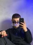 Artem, 18  , Khust