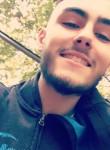 Julien, 21  , Vedene