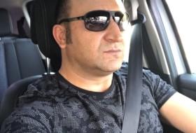 mahir, 39 - Just Me