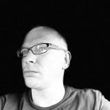 Helomoto , 39  , Schwarzenbek
