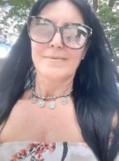 lucia, 59, Brazil, Goiania