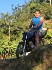 Robert, 18, Brazil, Itajai