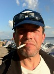 Yuriy, 51  , Saint Petersburg