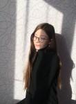 Anya , 19  , Karymskoye