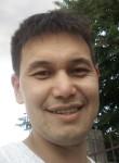 Aziz, 35, Bishkek