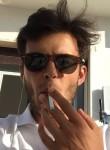 Tommaso, 23  , Madrid