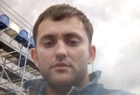 Dmitriy, 28 - Just Me