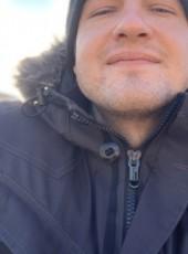 Artur Korniichuk, 32, Estonia, Tallinn