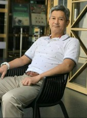 Chu Simon Ching , 60, United States of America, New York City