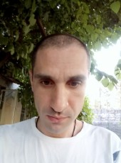 Adam, 38, Abkhazia, Sokhumi