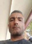 Vedat, 40, Istanbul