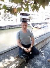 Aleksey, 44, Portugal, Porto