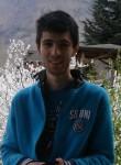 Burak, 18  , Artvin