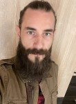 Jarvis, 32  , Esztergom