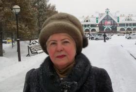 Larisa, 75 - Just Me