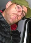 Guido, 44  , Napoli