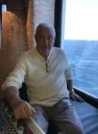 Роман, 70  , Las Vegas