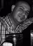 Roberto, 40, Baena