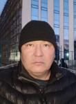 Asyl, 40  , Bishkek