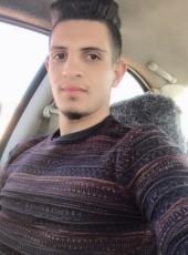 Hussooniy , 24, Iraq, Baghdad