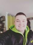 Vadim, 19  , Gostomel