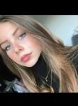 Emma, 18  , Paris