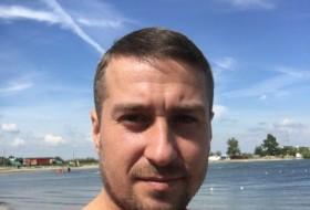 denis klabukov, 36 - Just Me