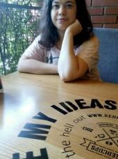 Olga, 32, Ukraine, Donetsk
