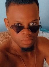 Black, 25, Dominican Republic, Santiago de los Caballeros