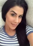 Sharon, 31  , Cuyahoga Falls