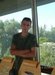 aleksandr, 32, Luhansk