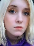 Khalera , 19  , Narva