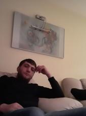 Artur, 32, Armenia, Hrazdan