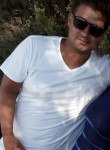 ismail, 37  , Hurth