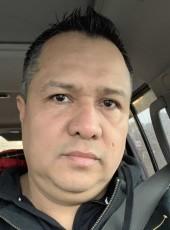 Roger, 44, United States of America, Waukegan