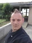 Erhard, 42  , La Roche-sur-Yon