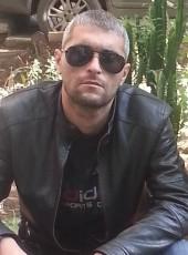 den, 35, Kazakhstan, Oral