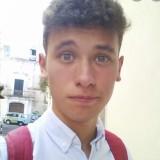 Alessandro, 18  , Cadelbosco di Sopra