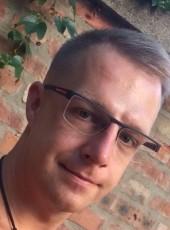 Krisztián, 39, Hungary, Debrecen