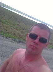 vitaliy, 38, Russia, Tyumen