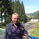 Yuriy, 63  , Zhovkva
