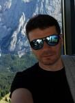 Irakli, 36  , Ramat Gan