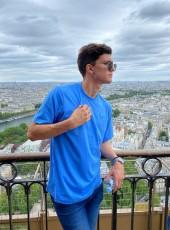Leonardo, 21, Ukraine, Kiev