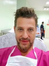 Lionel, 46, Romania, Bucharest