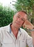 Alain, 57  , Niort