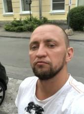 Cosmo, 35, Russia, Saint Petersburg
