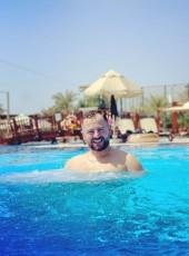 denis, 26, Albania, Tirana